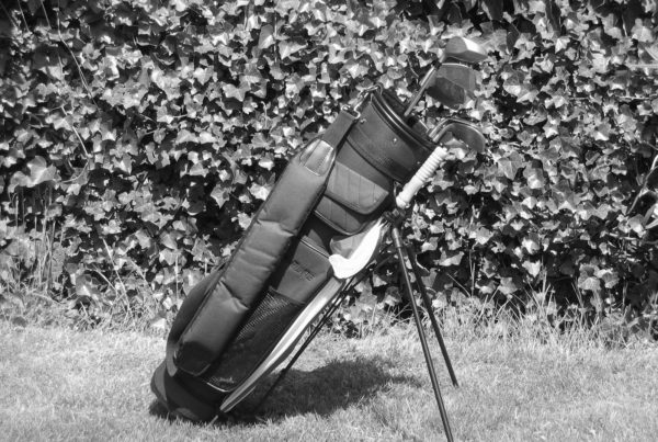 how to clean golf bag